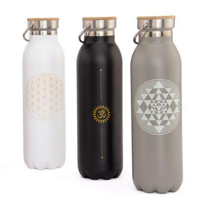 trinkflasche edelstahl isoliert
