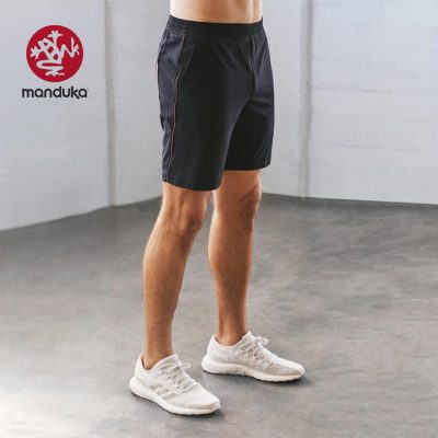 Manduka Dyad 2.0 Short Herren Yoga Midnight
